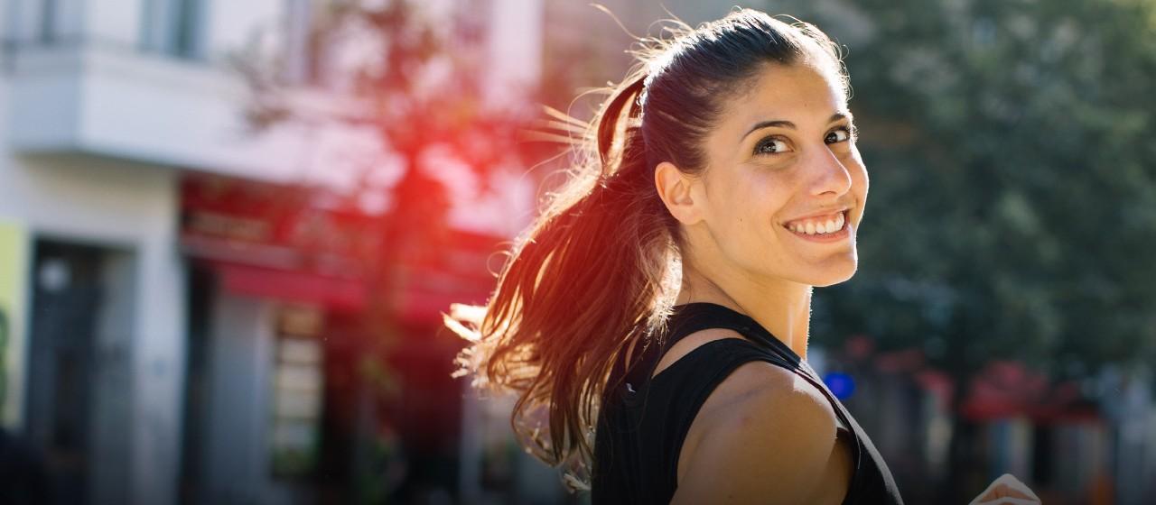 Einfamilienhaus mit glücklicher Familie